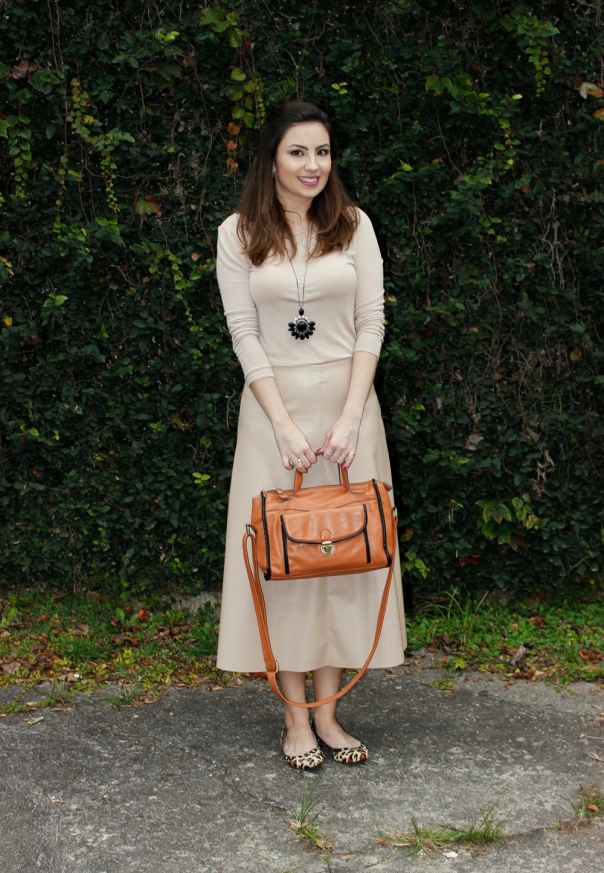 Skirt-midi-vanessa-duarte-look-monocromático2