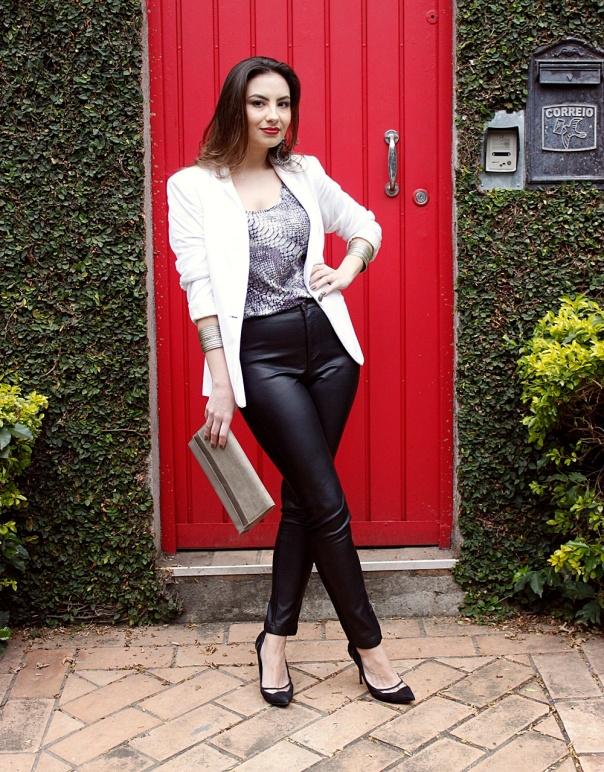 como-usar-blazer-branco-look-noite-vanduarte-1
