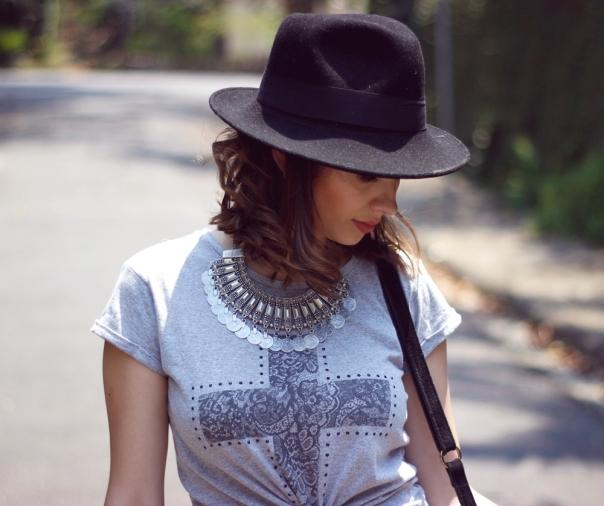 como-usar-saia-longa-look-chapéu-hat-vanduarte-4