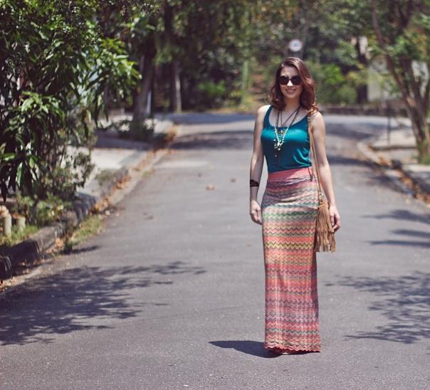 como-usar-saia-longa-reta-estampa-missoni-vanduarte-street-style-5