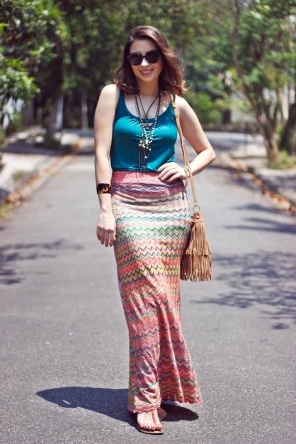 como-usar-saia-longa-reta-estampa-missoni-vanduarte-street-style-9