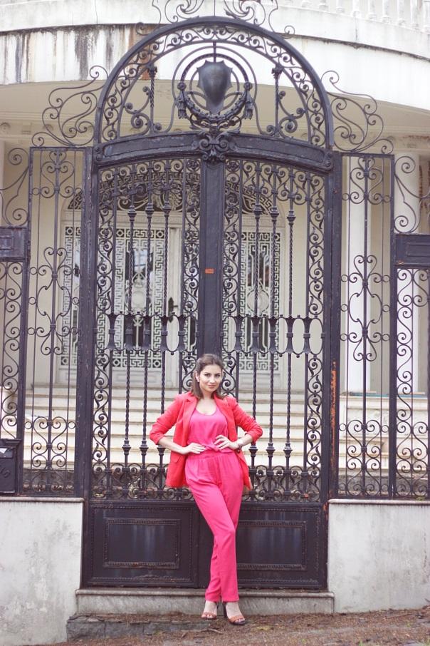 vanduarte-look-trabalho-macacão-rosa-olook-10